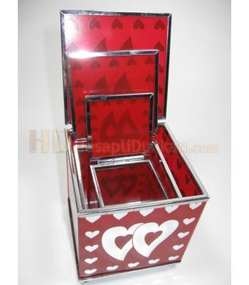 Sevgililer günü hediyesi kutuları üçlü ayna kutu