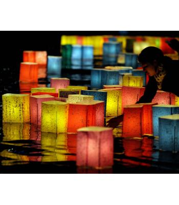Havuz su feneri water lantern