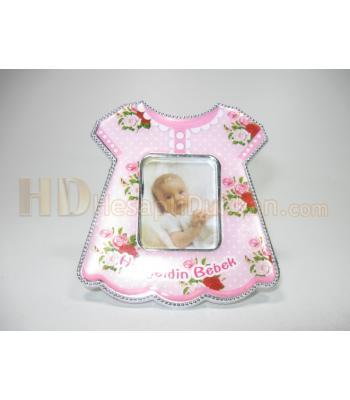 Bebek magnetleri bebek elbisesi şeklinde