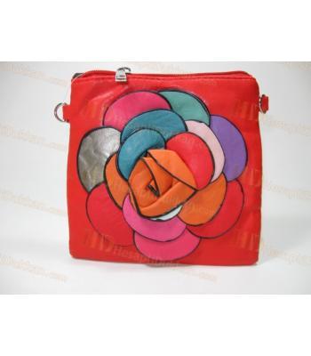 Güllü çanta yumuşak deri orijinal dizayn