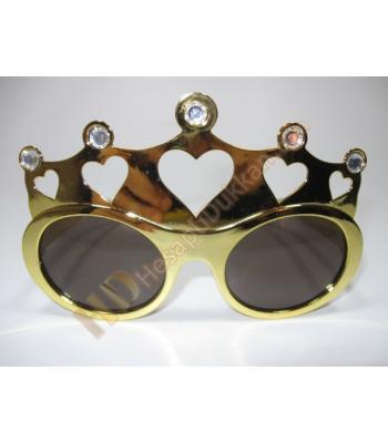 Kalpli kraliçe taç gözlük