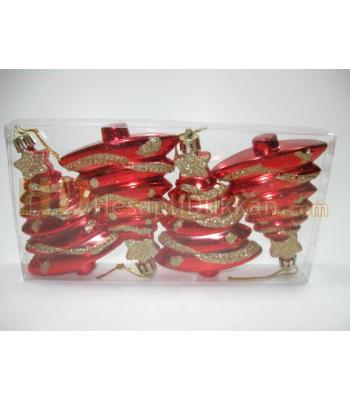 Kırmızı yılbaşı ağacı şeklinde süs dörtlü paket
