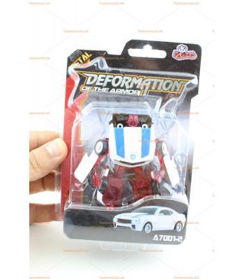 Robota dönüşen metal oyuncak araba