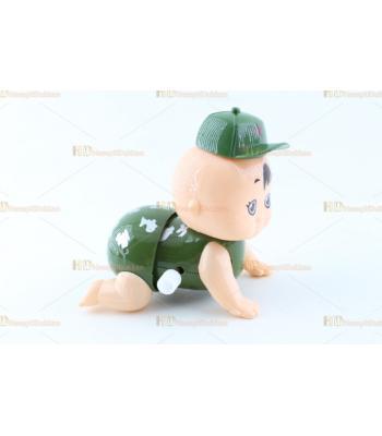 Toptan kurmalı oyuncak emekleyen asker bebek