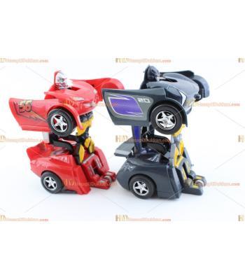 Toptan tek tuşla robot olan araba şimşek mcqueen TOY6740