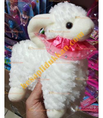 Toptan sesli kuzu peluş oyuncak boynuzlu kıvırcık