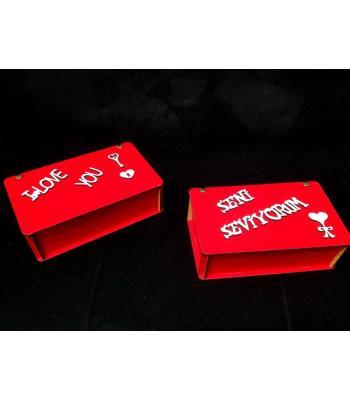 Kırmızı renk ahşap kutu sevgililer günü hediye