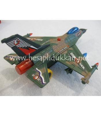 F16 ucak P472