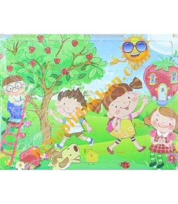 Toptan Ahşap puzzle güneşli bahçede çocuklar