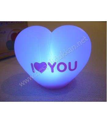 i love you yazılı kalp şeklinde renk değiştiren gece lambası P98