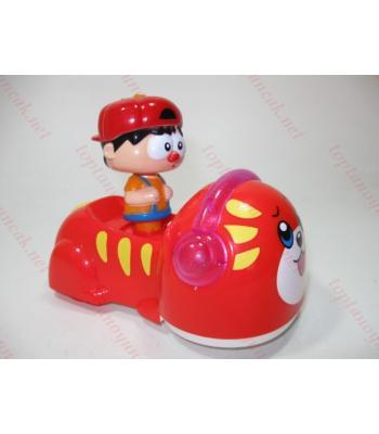 Sallanan hareket eden ışıklı oyuncak araba