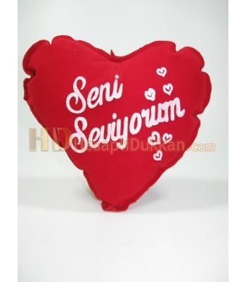 Sevgililer günü kalp yastıkları