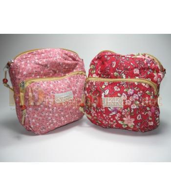 Büyük boy çiçekli çanta R747