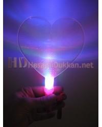 Işıklı kalp şeklinde yelpaze pembe