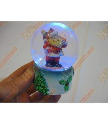 Işıklı sulu noel baba figürlü fanus R282