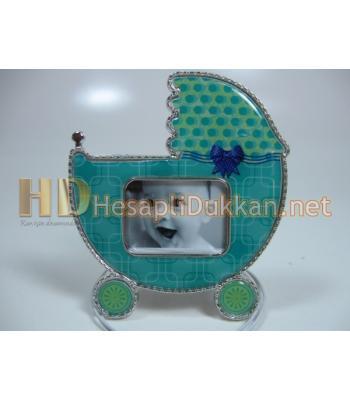 Bebek arabası şeklinde magnet R581